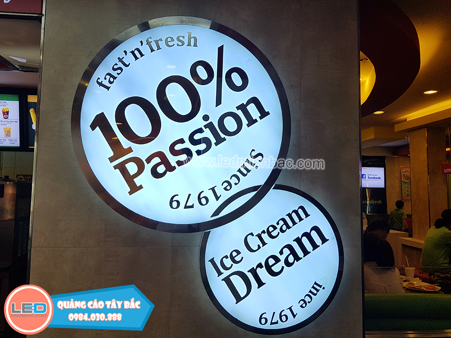 Mẫu biển quảng cáo chữ nổi gắn led